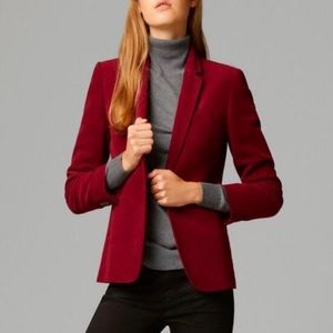 ✨The Limited Dark Red Velvet Blazer